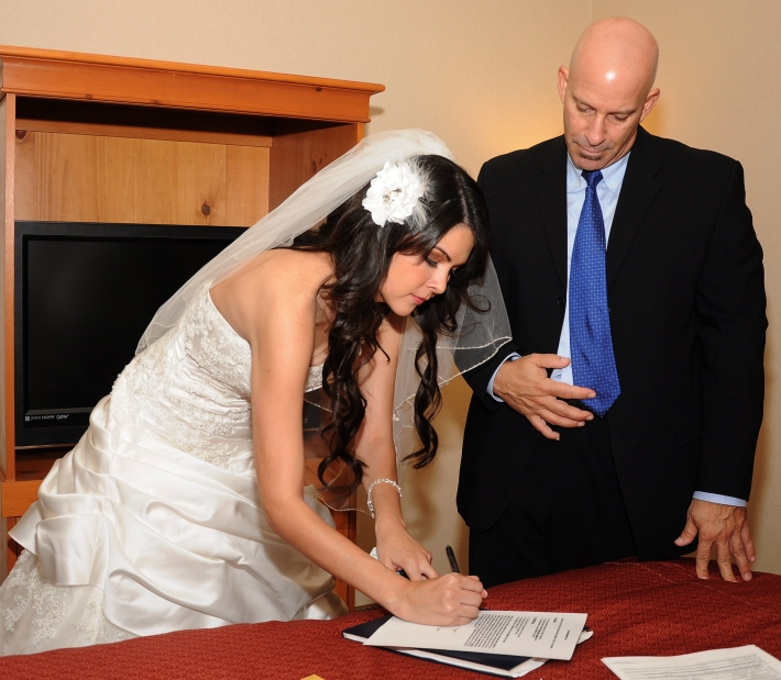 Cost for a Wedding Officiant in Los Angeles
