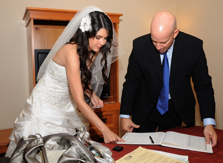 Best Wedding Officiant In Los Angeles CA